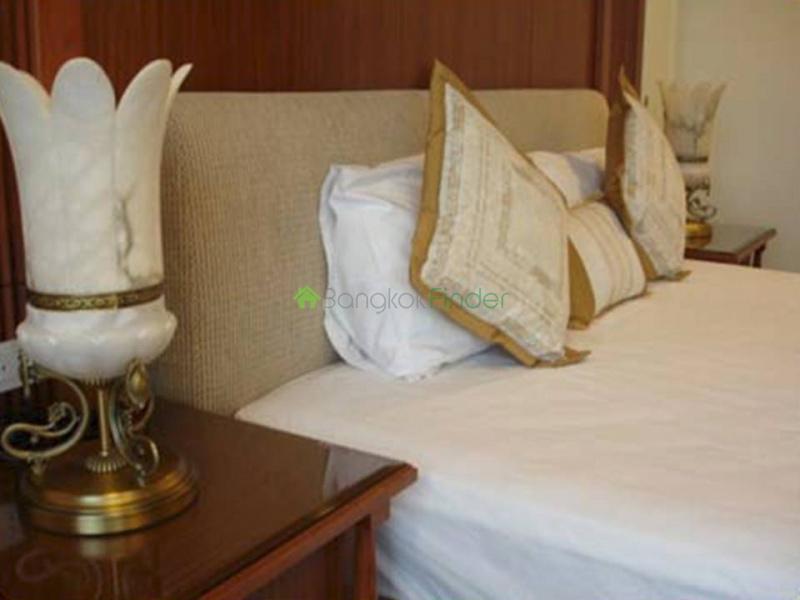 Chitlom,Ploenchit-Chidlom,Bangkok,Thailand,5 Bedrooms Bedrooms,5 BathroomsBathrooms,Condo,Baan Navarang,Chitlom,5428